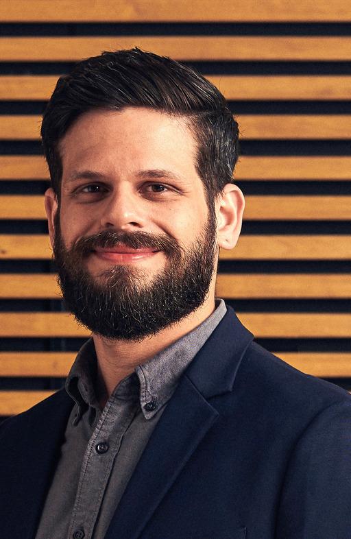 A picture of Fabricio Oliveira