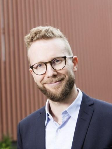 A picture of Heikki J. Nieminen