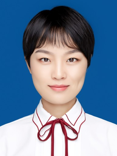A picture of Pengmin Hua